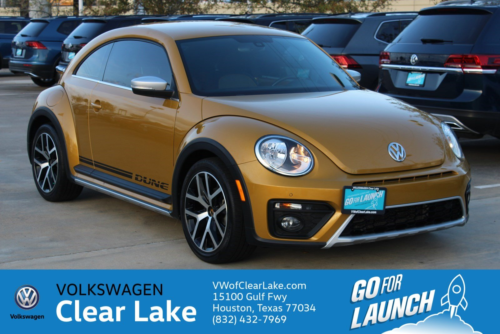 Pre-Owned 2016 Volkswagen Beetle Coupe 1.8T Dune